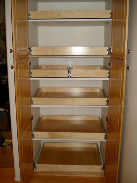 Pull-Out-Drawers-3